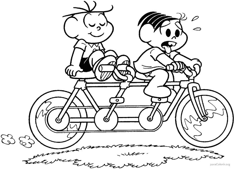 Mônica e Cebolinha andando de bicicleta