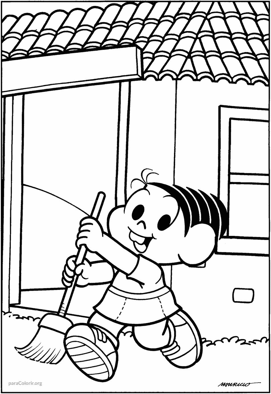 Mônica varrendo