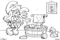 Bebê Smurf no banho