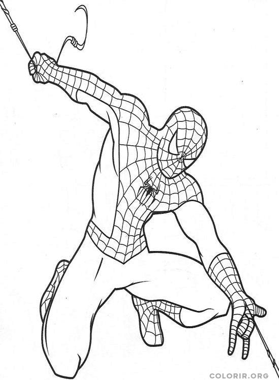 Homem Aranha jogando sua teia