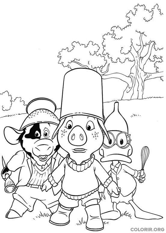 Piggley, Dannan e Fernandes brincando com panela na cabeça